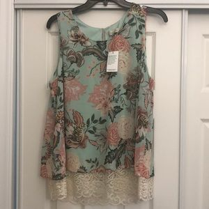 Tops - Sleeveless blouse NWT